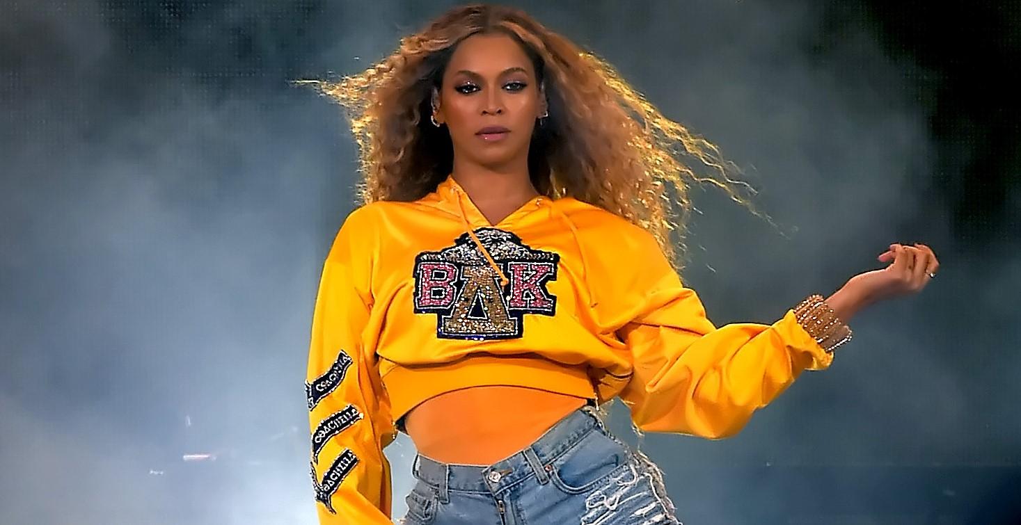 Beyoncé fechou acordo de 60 milhões de dólares com a Netflix e fará mais dois projetos para a plataforma, diz site>