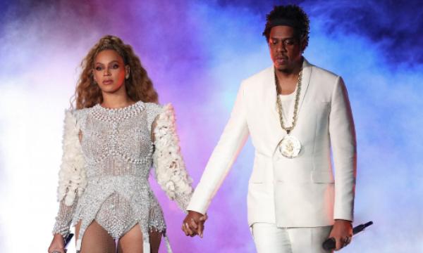 Vídeo: Beyoncé e Jay-Z fazem surpresa para garoto de 17 anos em show e ele tem a melhor reação!