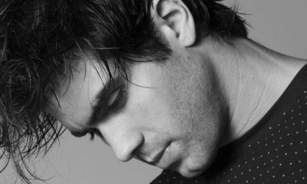 Entrevista: Juliano Laham sugere cena íntima e torce pelo beijo entre Luccino e Otávio, em 'Orgulho e Paixão'