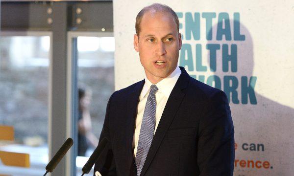 """Príncipe William desabafa sobre a própria saúde mental: """"Você é humano e as pessoas esquecem""""; assista!"""