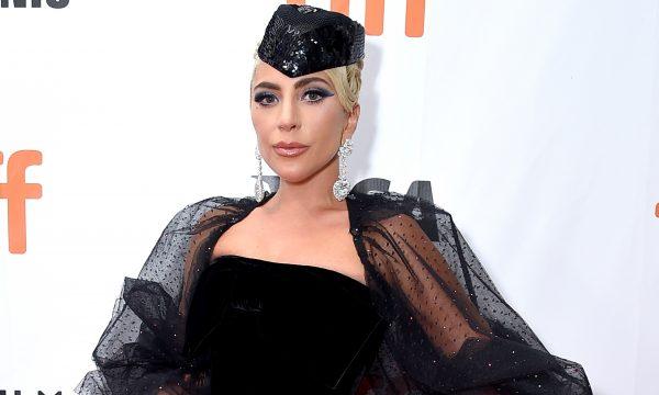 'Nasce uma Estrela': Lady Gaga cai no choro ao ser ovacionada por plateia em Toronto