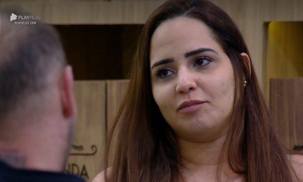'A Fazenda 10': Conselheira, Perlla diz a Zoli que homem precisa ser 'ignorante' e cita até órgão genital de Stronda