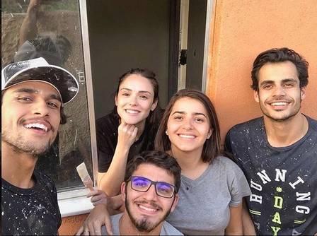 Isabelle e amigos durante ação no Rio de Janeiro