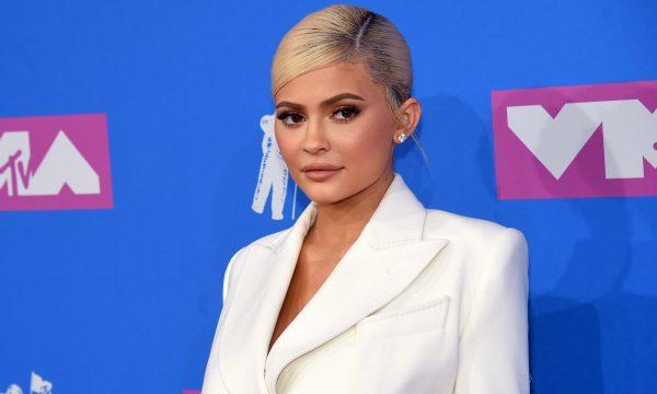 Kylie Jenner explica por que deixou a super festa de Natal da família mais cedo: 'Melhor noite'