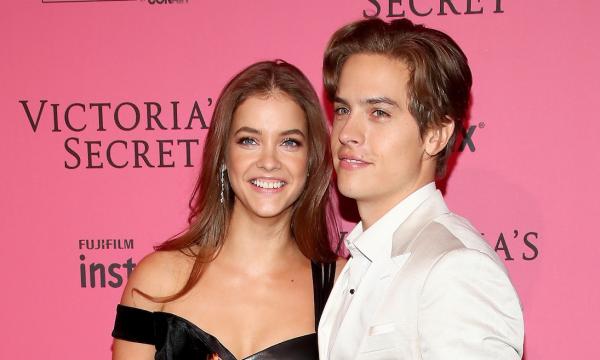 Que delícia! Barbara Palvin é surpreendida pelo namorado Dylan Sprouse com o melhor presente após 'Victoria's Secret Fashion Show'!