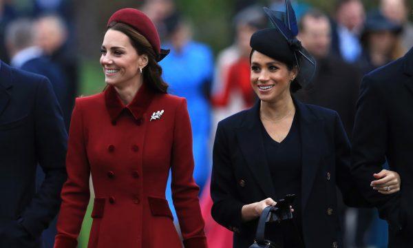 Após rumores de briga entre Kate e Meghan, Rainha Elizabeth II e Príncipe Charles tomam decisão por trégua, diz jornal