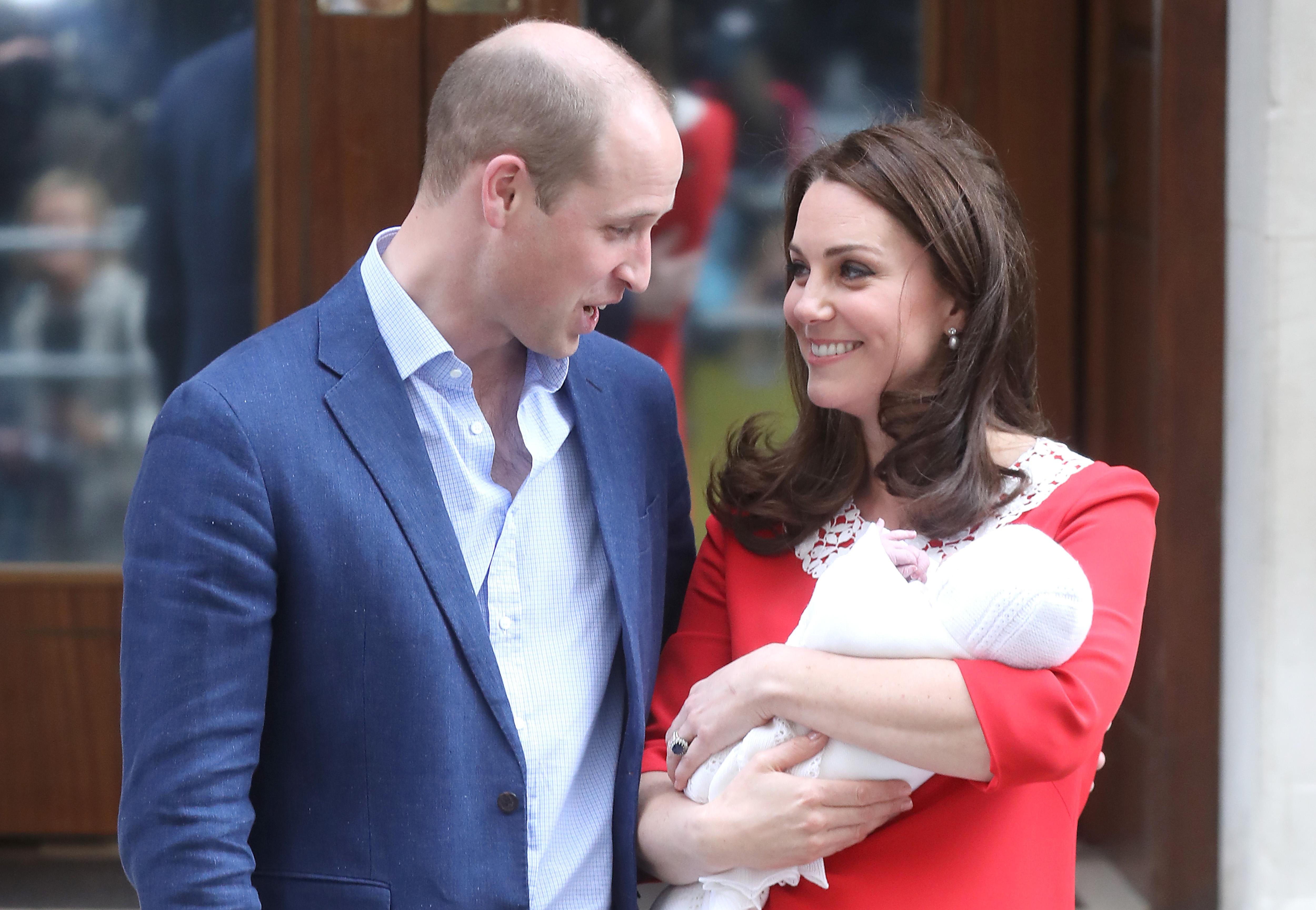 revistas publicam que principe william teria traido kate middleton e advogados dele devem responder com processo hugo gloss 2