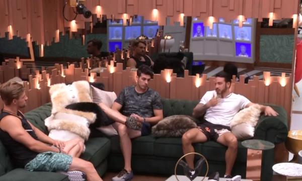 "BBB 19: Em conversa com Diego e Maycon, Gustavo chama sister de ""manipuladora"""