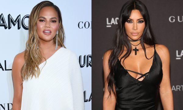 "Chrissy Teigen leva ""guarda-chuvada"" no rosto, ao vivo, no Ano Novo e tira sarro de Kim Kardashian nas redes por ""Bird Box"""