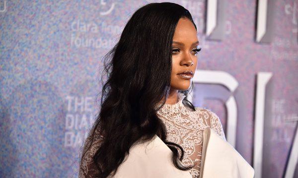 Treta! Rihanna processa o próprio pai por usar indevidamente a marca 'Fenty', diz TMZ