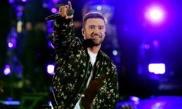 Emocionante! Justin Timberlake visita crianças com câncer em hospital após vídeo de pedido viralizar; Vem ver!
