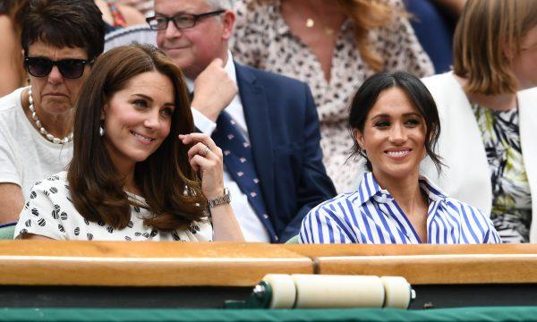 Ataques virtuais a Meghan Markle e Kate Middleton preocupam Palácio de Kensington, que reforça medidas, diz revista