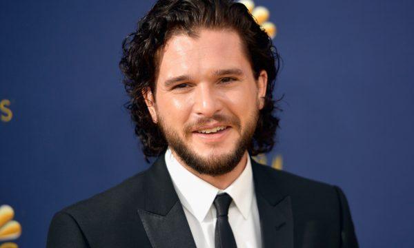 """Kit Harington afirma que última temporada de """"Game of Thrones"""" vai mudar o rumo da televisão e comenta sobre o final da série"""