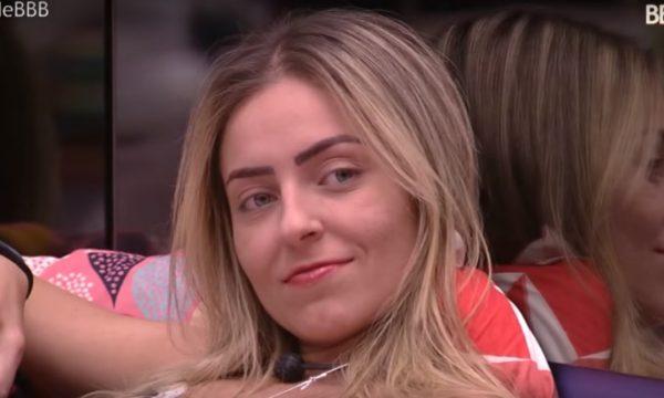 """BBB 19: Paula é alfinetada por comentário controverso em nova edição do """"Isso a Globo Não Mostra""""; vem ver!"""