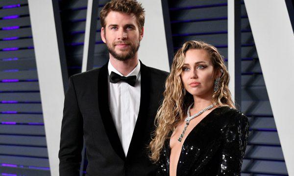 Miley Cyrus 'hackeia' celular de Liam Hemsworth e posta foto fofa nas redes sociais do marido