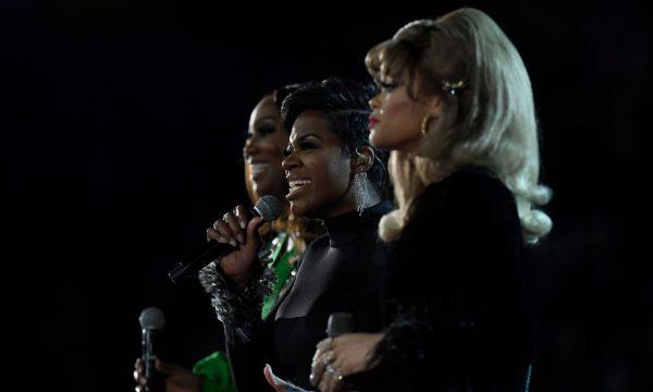 """Grammy 2019: Aretha Franklin é homenageada com tributo incrível de """"(You Make Me Feel Like A) Natural Woman"""""""