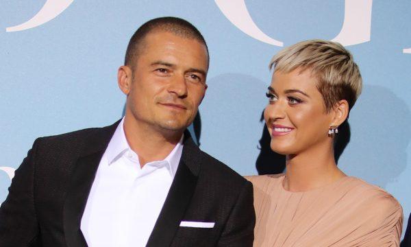 Katy Perry revela que jogou fora um dos itens prediletos do namorado Orlando Bloom sem que ele soubesse; entenda o motivo