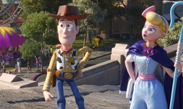 """... Betty e Woody resgatam brinquedo da chuva em nova prévia da animação  vem  ver! OMG! """"Toy Story 4"""" ganha novo teaser com cenas inéditas após Super Bowl e31f1673965"""