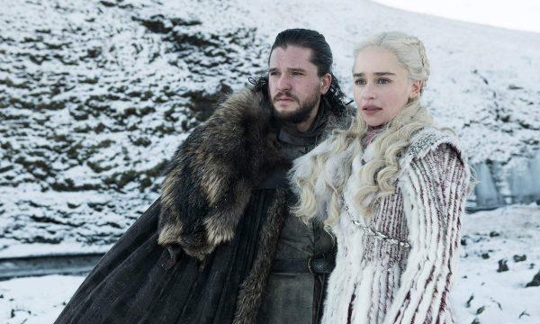 """Socorro! HBO libera 14 fotos da oitava e última temporada de """"Game of Thrones""""; vem ver!"""