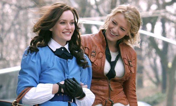 """""""Gossip Girl"""": Presidente do canal The CW fala sobre possível reboot da série: """"Há uma conversa"""""""