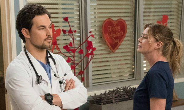 """Grey's Anatomy"": Ator dá detalhes sobre triângulo amoroso de Meredith nos próximos episódios"