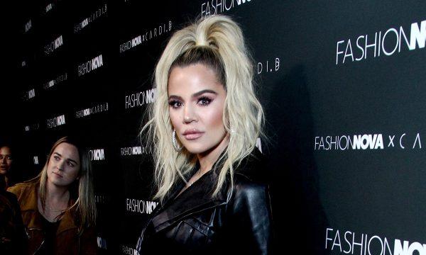 Khloé Kardashian é criticada por editar demais suas fotos e e explica motivo à fã no Instagram: 'Para proteger a nossa privacidade'