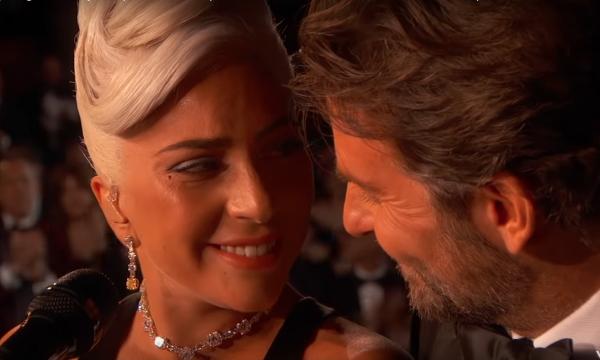 Após performance no Oscar, Lady Gaga quebra jejum de 8 anos e chega ao topo da principal parada dos EUA com 'Shallow'; Saiba detalhes