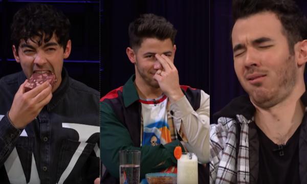 Vídeo: Ao apontar disco favorito, Kevin decepciona Nick Jonas, que sacaneia irmão em pergunta da mais famosa a lhe paquerar; assista
