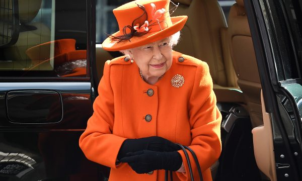 Aos 92 anos, rainha Elizabeth II faz o seu primeiro post no Instagram; saiba a motivação da monarca