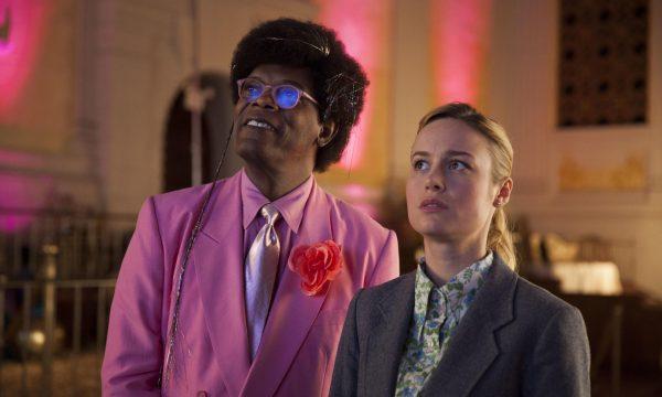 'Loja de Unicórnios': Em novo filme da Netflix, Brie Larson estreia como diretora e enfrenta desafios para adotar ser mágico; assista ao trailer!