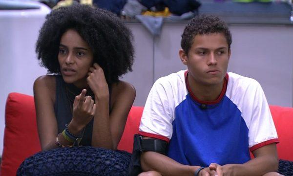 """BBB 19: Gabriela relembra discussão com Elana e diz que ficou magoada: """"Ia fazer um barraco"""""""