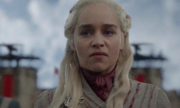 """[ALERTA SPOILER!] """"Game of Thrones"""": Roteiristas explicam e defendem reviravolta de Daenerys Targaryen no penúltimo episódio"""