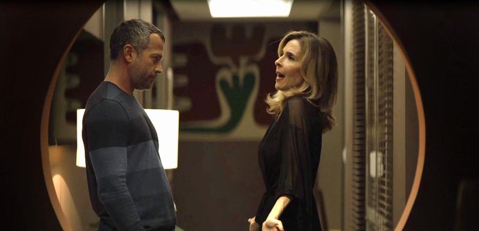 Agno não quer saber da esposa mais… (Foto: Reprodução / TV Globo)