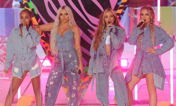 """Little Mix arrasa nos vocais e na coreo na primeira performance do novo single """"Bounce Back""""; vem assistir!"""