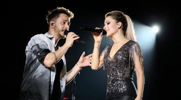 """Vídeo: Sandy e Junior mudam letra ultrapassada de """"Maria Chiquinha"""" em show da turnê: """"Isso não é mais aceitável""""; assista!"""