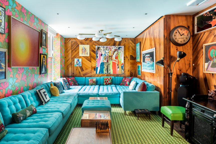 Fallon-family-room-Evan-Joseph-for-Sotheby's-International-Realty-