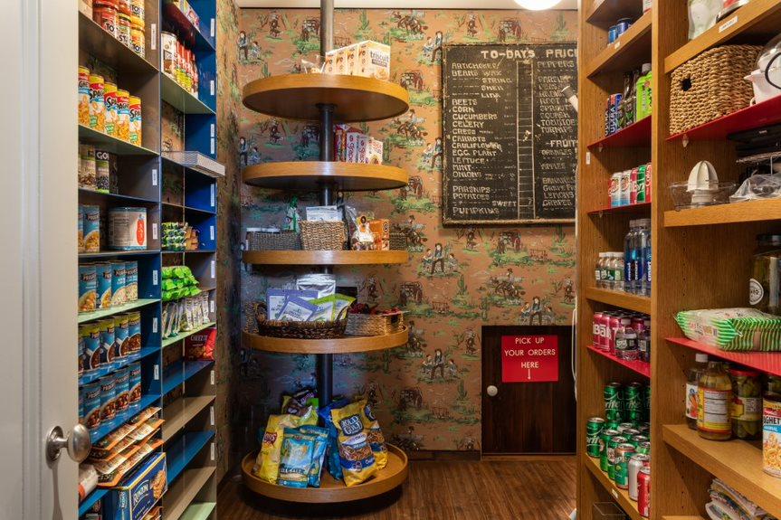 Fallon-pantry-Evan-Joseph-for-Sotheby's-International-Realty-