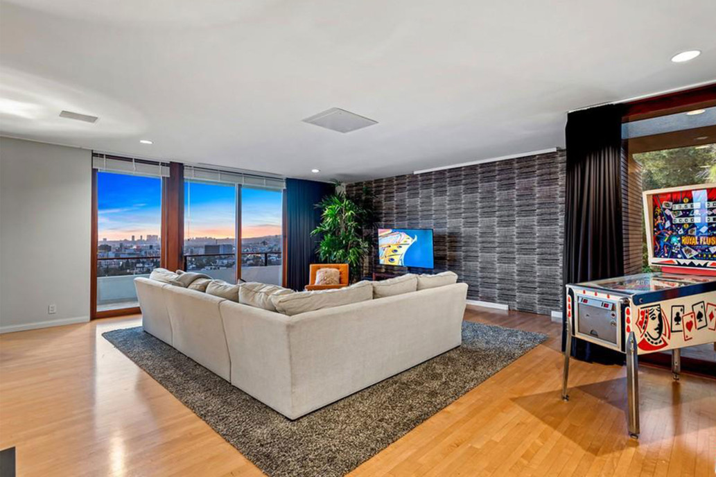 zac-efron-home-for-sale-242