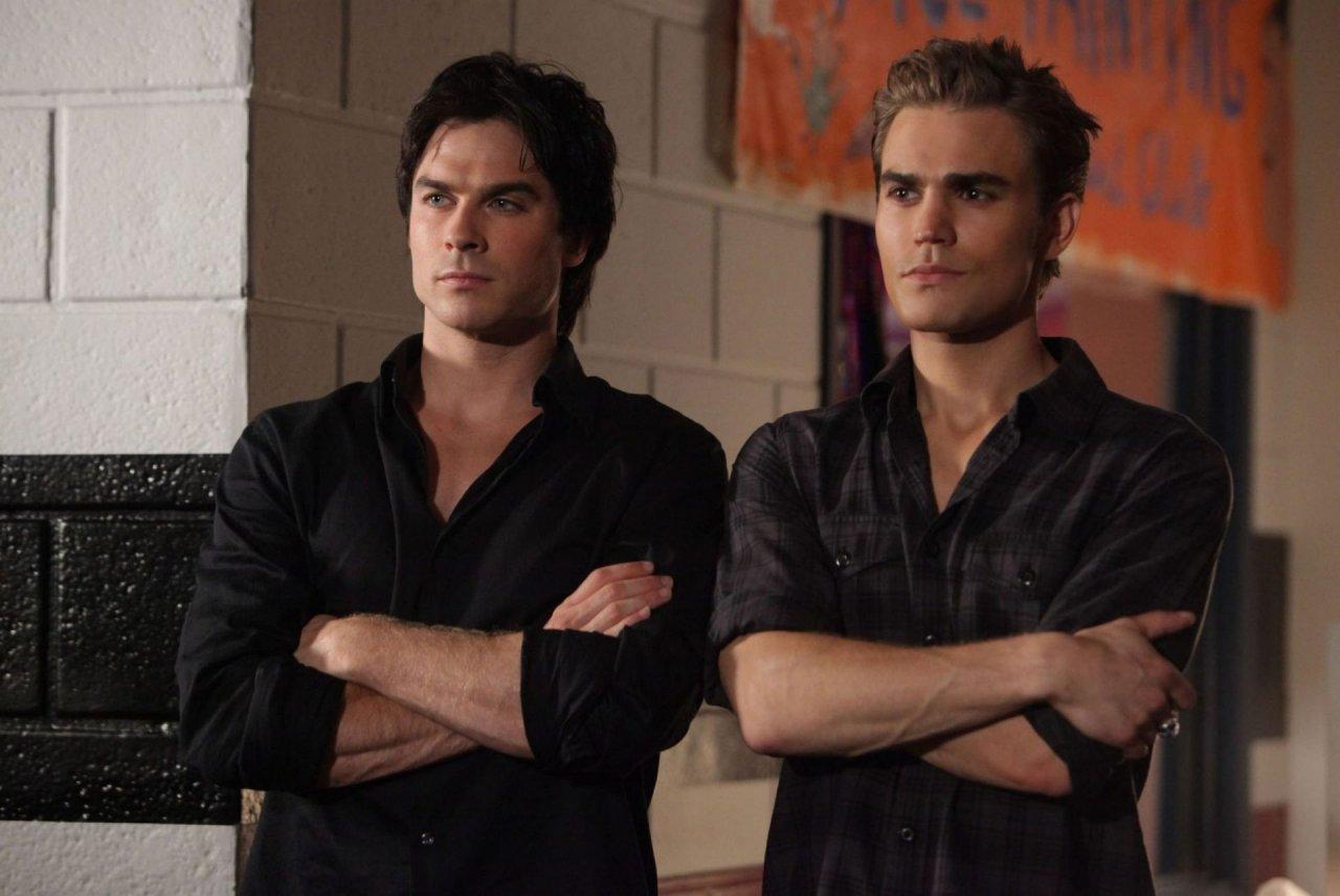 1478616924 Damon And Stefan Season 2 Episode 2 Damon Salvatore 15012300 2048 1370
