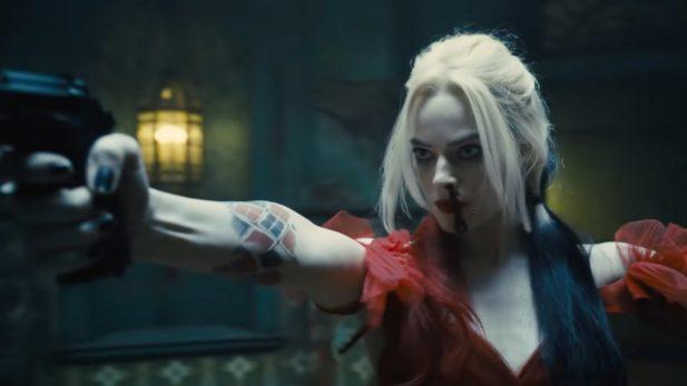 Margot Robbie está de volta como Arlequina. (Foto: Reprodução/YouTube)