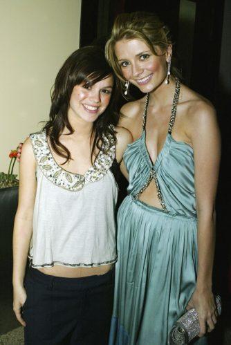 Rachel Bilson e Mischa Barton foram co-estrelas em The O.C. (Foto: Getty)