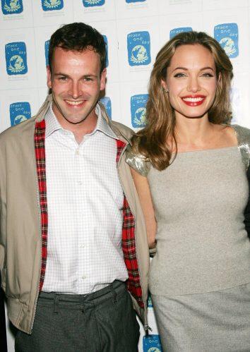 Angelina e Jonny se casaram em março de 1996 e se divorciaram em setembro de 1997. (Foto: Getty)