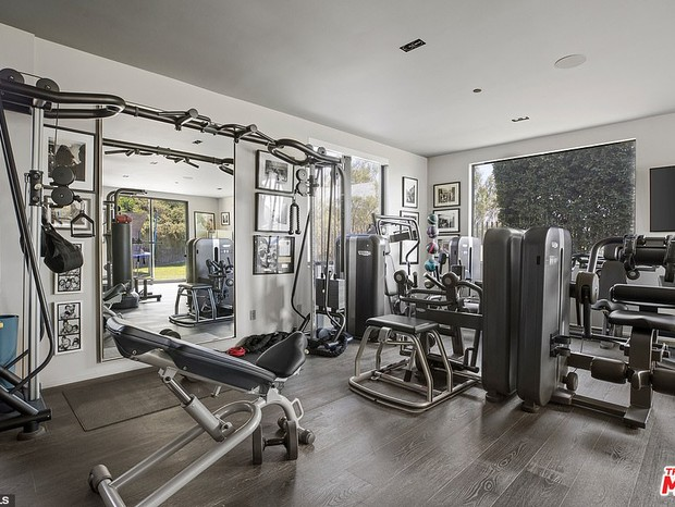 32188884 8648387 The Home Gym Has Plenty Of Equipment To Stay Fit Without Ever Le A 46 1597953714856