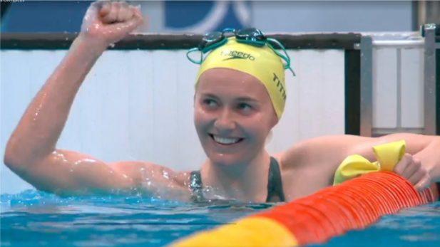 A australiana Ariarne Titmus desbancou a campeã olímpica, dona de cinco ouros, Katie Ledecky, e ficou com o primeiro lugar. (Foto: Reprodução/TV Globo)
