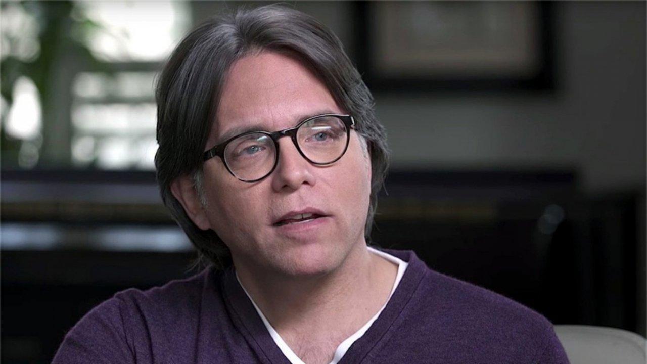 Líder de seita sexual que atuava em Hollywood é condenado a pagar R$17 milhões de indenização à vítimas. (Divulgação / 'The Vow')