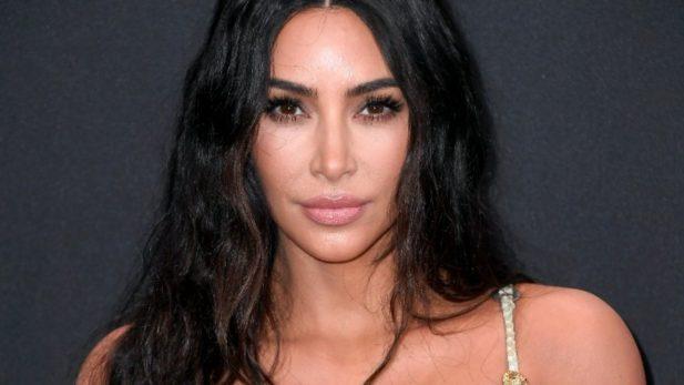 """Kim Kardashian explica vestimenta """"ousada"""" em visita ao Vaticano. (Getty)"""