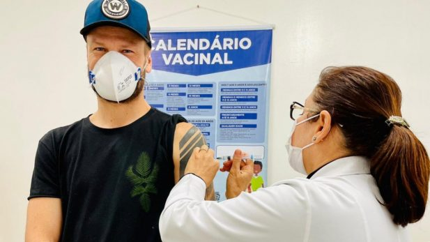 Rodrigo Hilbert Vacina (1)