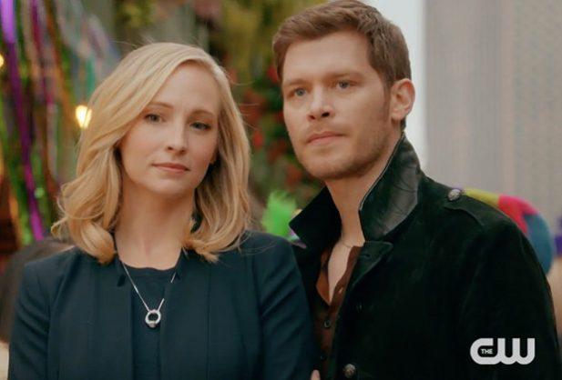 Klaus e Caroline eram um dos casais preferidos do público. (Foto: Reprodução/CW)