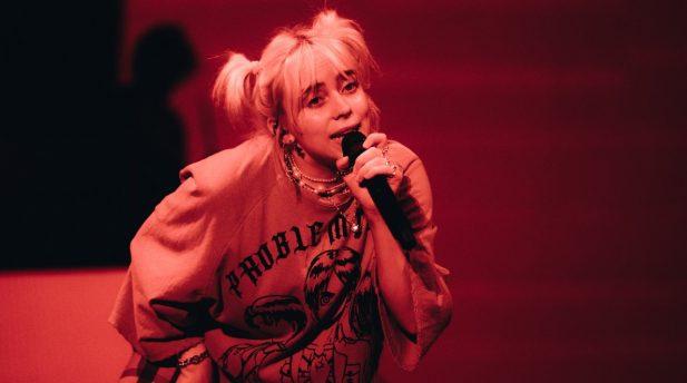 Billie Eilish protestou contra nova lei durante seu show. (Foto: Getty)